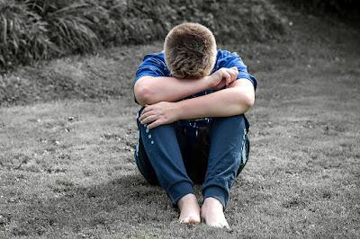 Mengatasi Masalah Hidup Tanpa Kenal Menyerah - MOTIVASI
