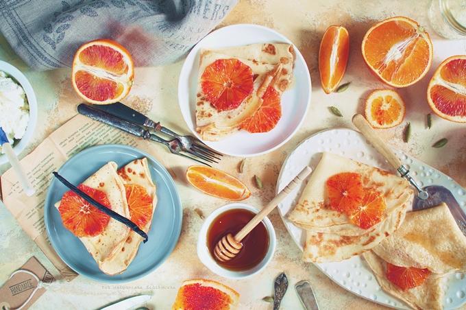 Naleśniki z czerwoną pomarańczą