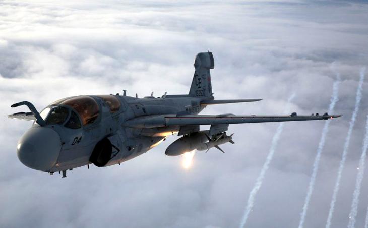 EA-6B Prowlerr flares