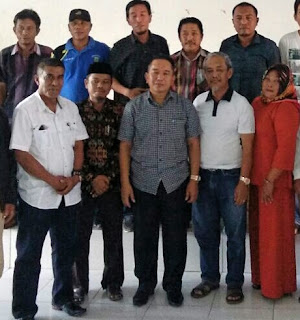 Anggota DPR RI Bersama Sekkab Luwu Hadiri Bedah Rumah BSPS