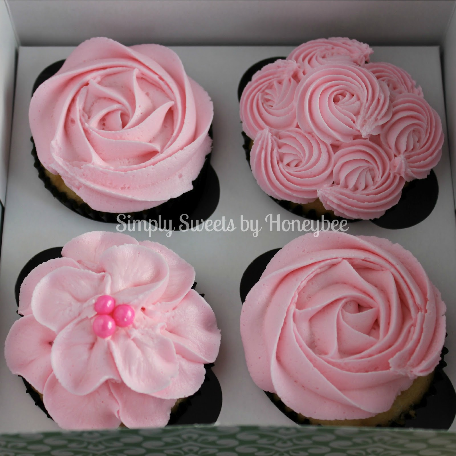 Decorating Cupcakes mother's day cupcakes {video tutorial} - simplysweetsbyhoneybee