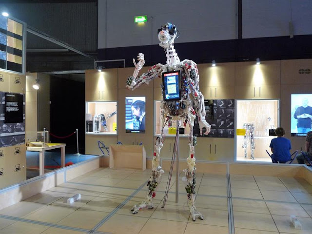 Robots – Then and now at Life Science Centre Newcastle