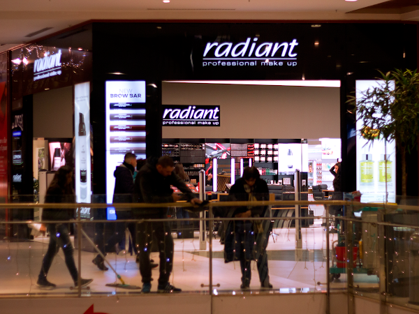 Radiant: Professional Make up Session