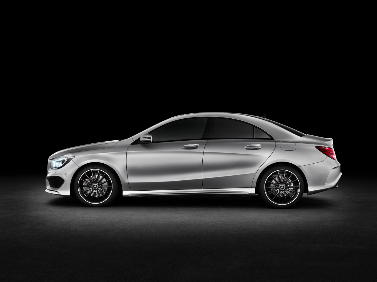 Youngmanblog: 2014 Mercedes Benz CLA 250