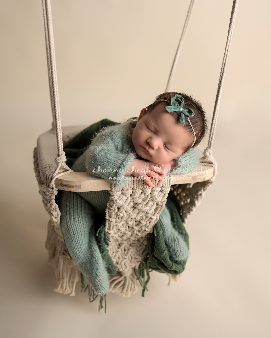 studio newborn photography Eugene Springfield Oregon