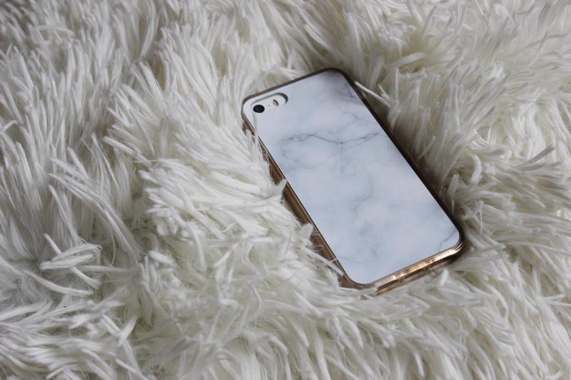 coque-marbre