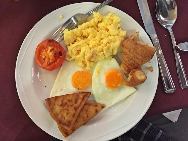 Ben Nevis Hotel & Leisure Club breakfast