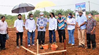 Bupati Letakkan Batu Pertama Pembangunan Perumahan Griya Elang Semesta 6 Pasbar