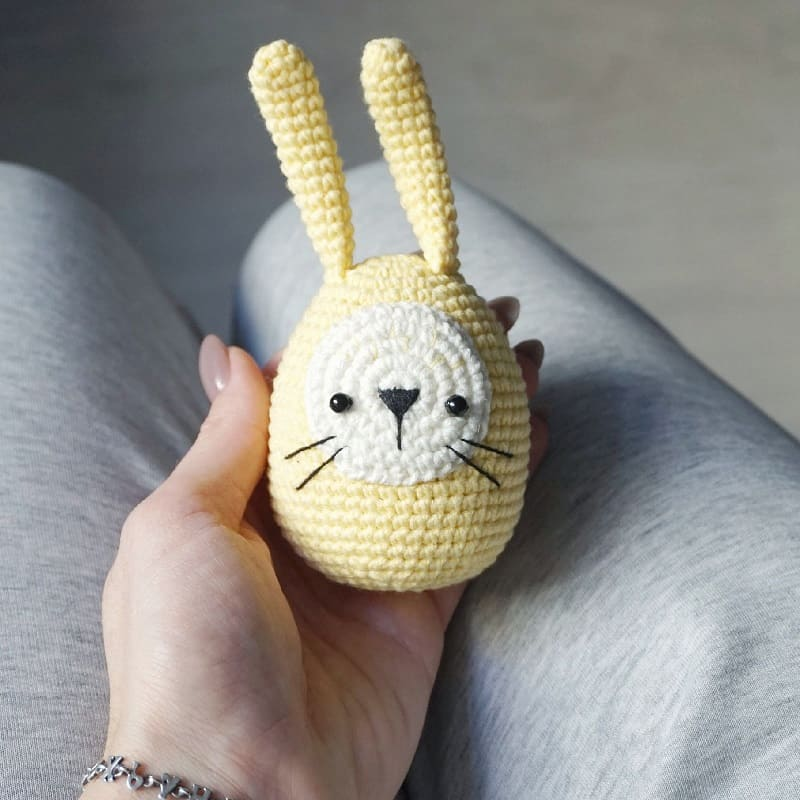 Amigurumi Easter egg bunny