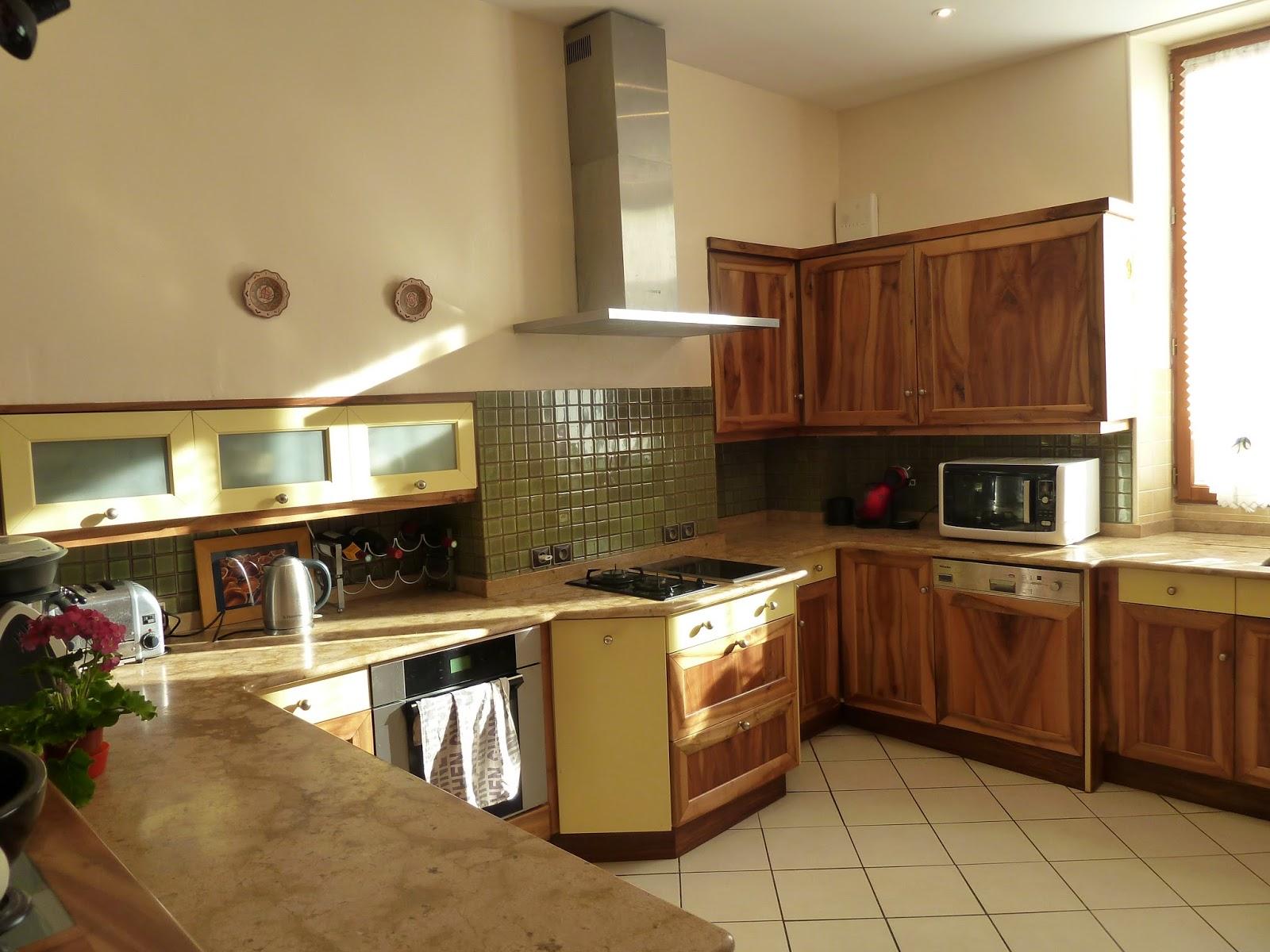 plan de maison avec sous sol enterr. Black Bedroom Furniture Sets. Home Design Ideas