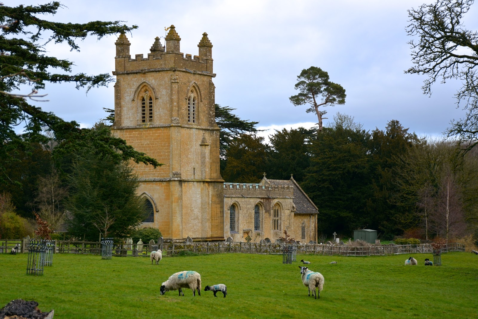 Parish church in Temple Guiting