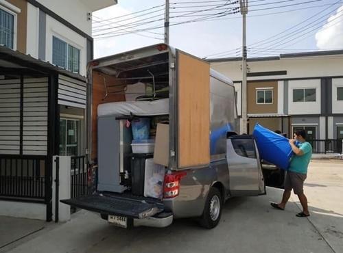 รถรับจ้างขนของ ราคาถูก เริ่มต้น 300 บาท ติดต่อ โทร.063-843-3936, 062-350-5639 หรือ Line id : @deejaimove ฟรีคนช่วยขน 2 คน