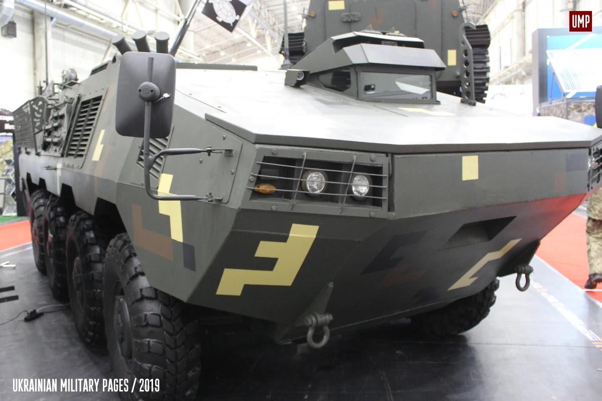 Військові протестували БТР Отаман та БТР-60М