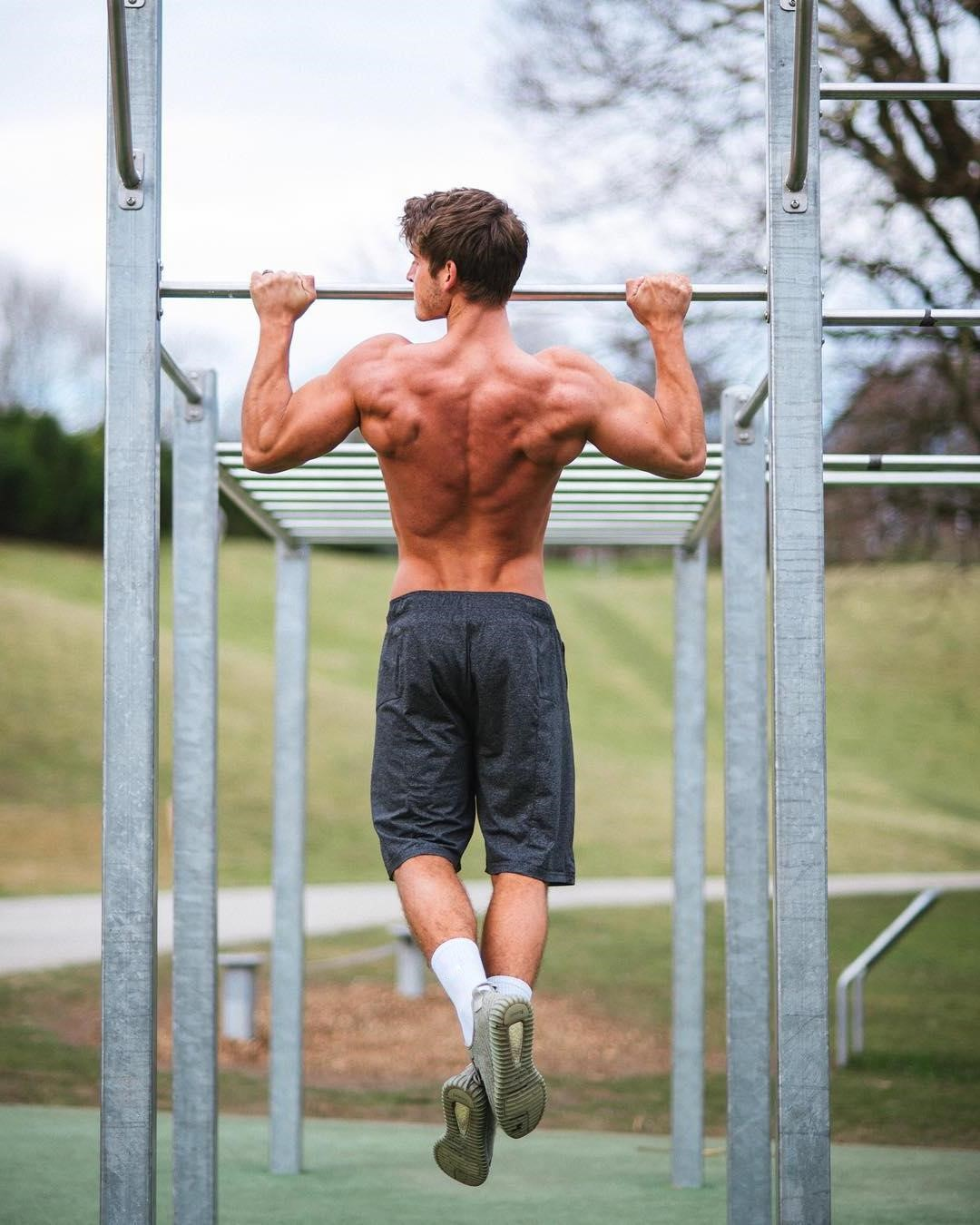 sexy-straight-gage-munroe-shirtless-young-muscle-back-man-park-cory-gruter-andrew-workout-outside-tom-taylor