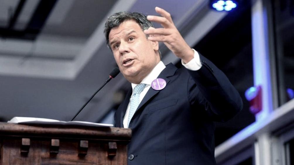 Facundo Manes aceptó ofrecimiento de la UCR y será candidato en las próximas elecciones