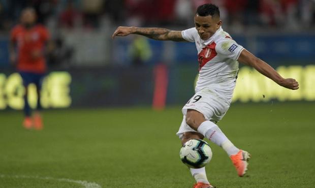 Yotún sobre Lapadula: si quiere jugar para Perú será bienvenido