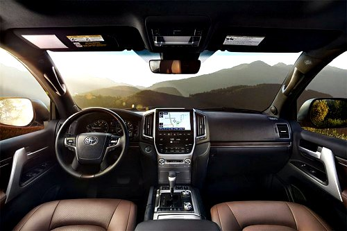 Toyota Land Cruiser 200 2017 interior