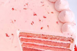 Triple Strawberry Cake