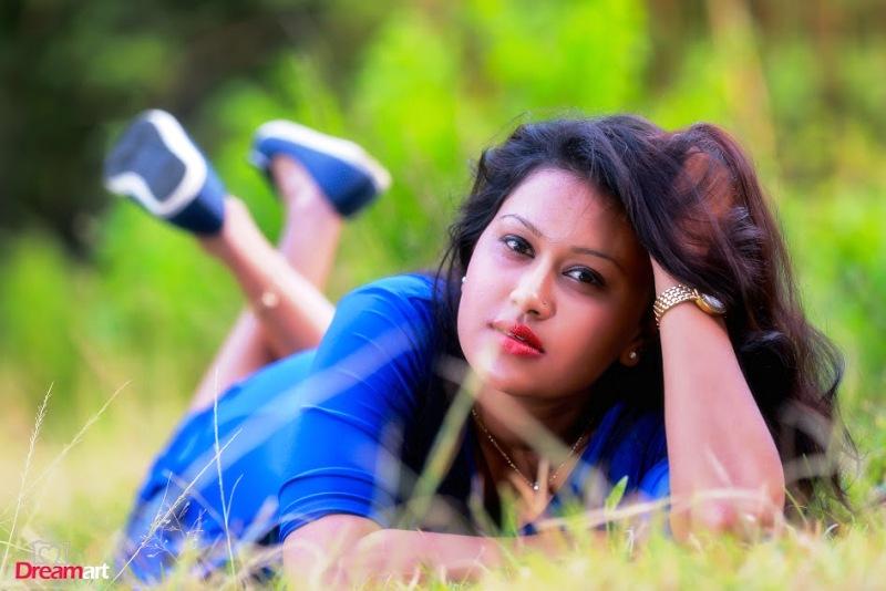 Sri Lankan Models Hot Photos