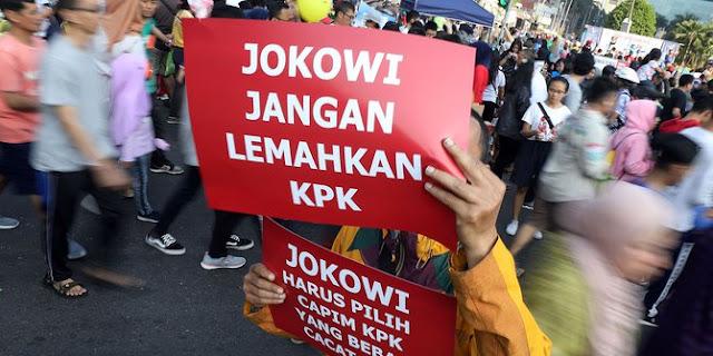 Jokowi Jangan Lemahkan KPK
