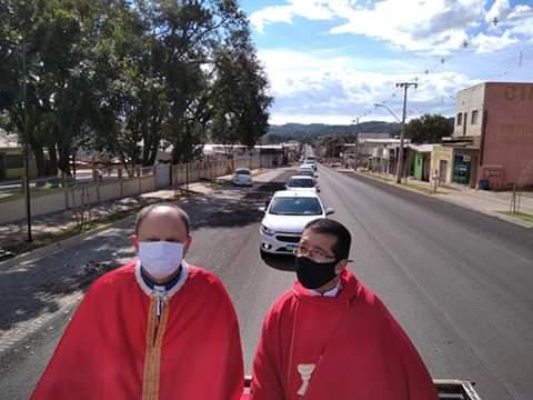 Comunidade roncadorense comemora com novena e carreata em louvor ao padroeiro São Pedro
