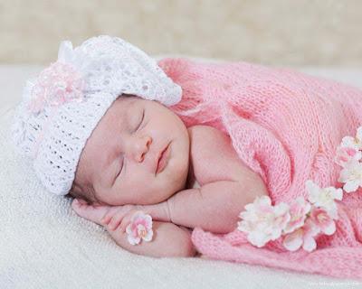 Şirin-bebek-Uyku-Duvar Kağıtları