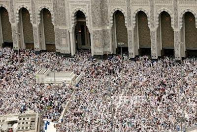 Suasana Makkah di Akhir Ramadhan