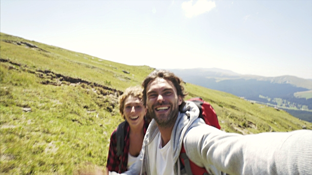 Tips selfie aman saat liburan
