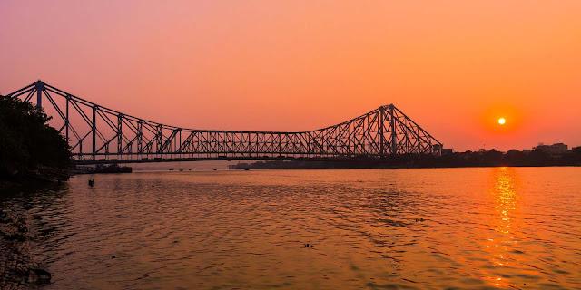 Howrah bridge,Kolkata ,best places to visit in Kolkata