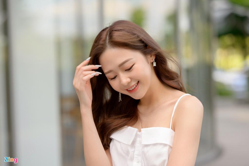 Liz Kim Cương tập luyện vũ đạo