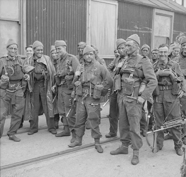 Commandos after a raid on France 22 April 1942 worldwartwo.filminspector.com