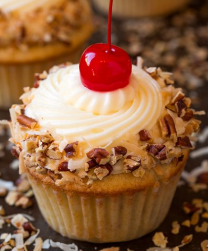 Italian Cream Cupcakes #desserts #cakes #cupcakes #recipes #snack