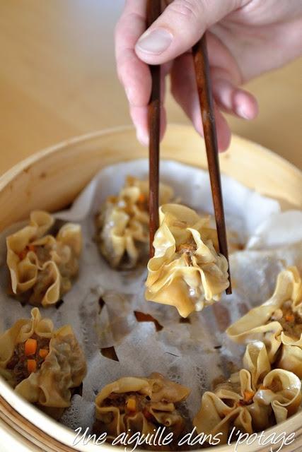 Shu mai (dumplings ouverts à la vapeur) pork shrimp