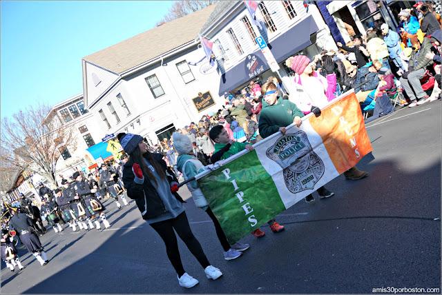 Banda de Gaiteros de la Policía de Boston en el Desfile de Acción de Gracias de Plymouth
