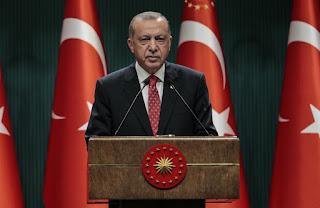 أردوغان لماكرون أنتم قتلتم مليون جزائري ولا تتحدثوا عن الإنسانية