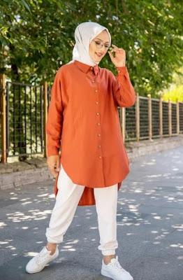 woman muslim hijab spring 2021