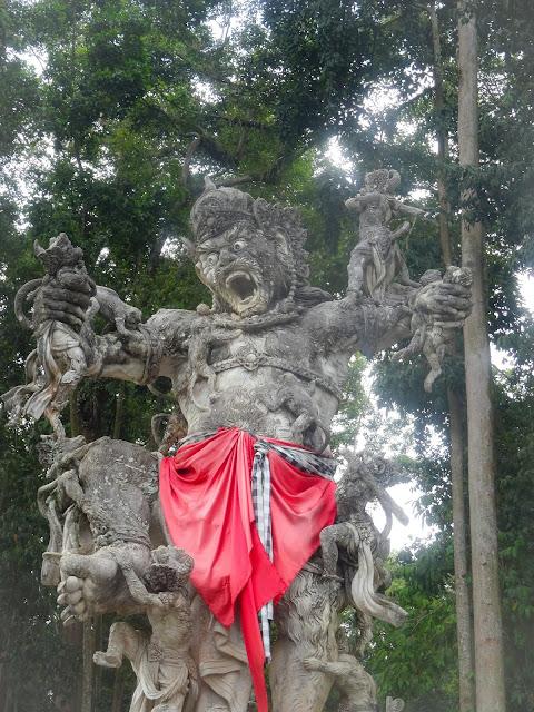 statue bali ubud