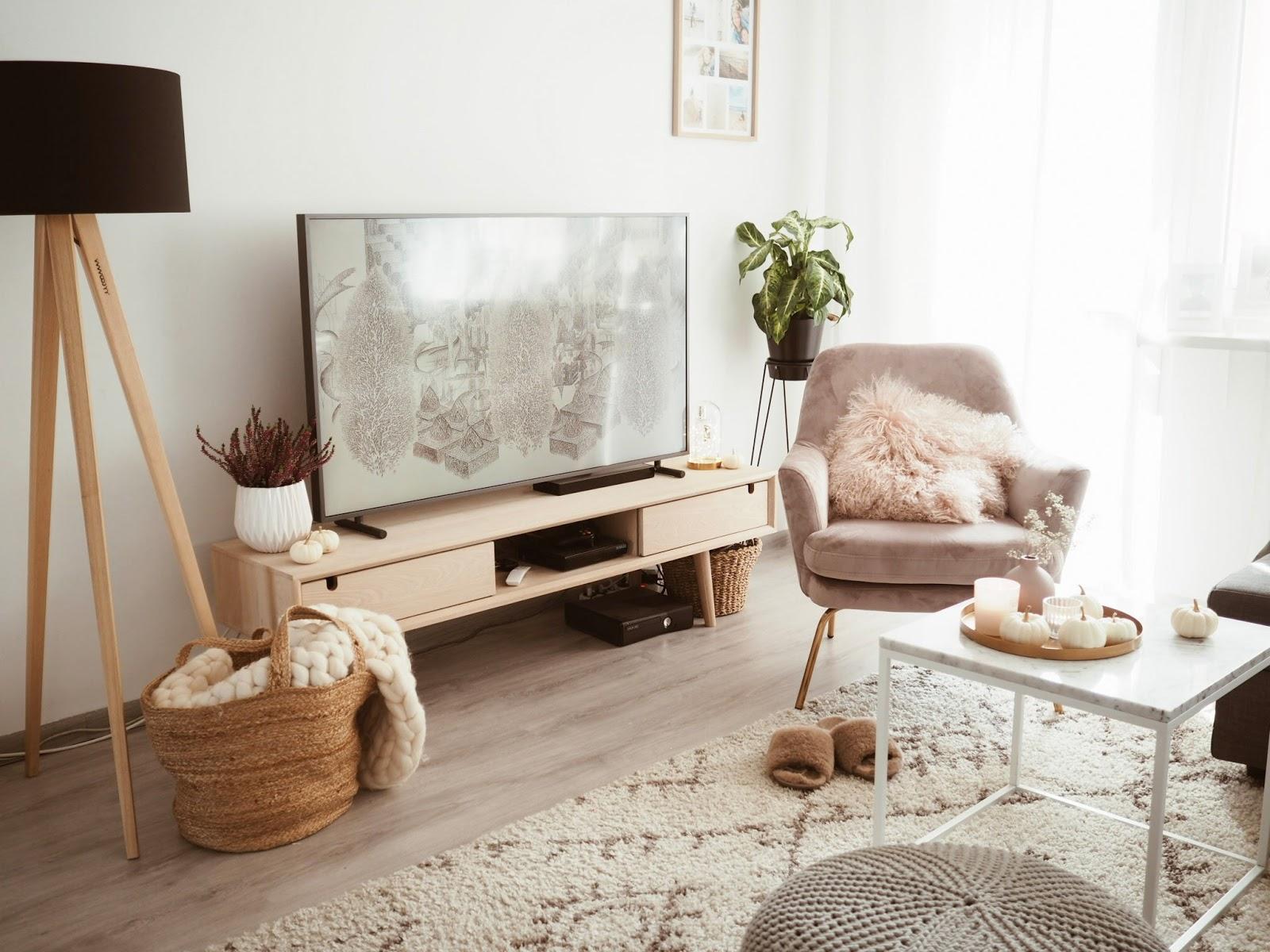Kącik telewizyjny - szafki RTV