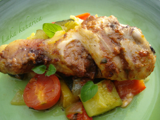Pesto grilled chicken drumsticks with mixed vegetables by Laka kuharica: quick, easy, healthy and delicious.