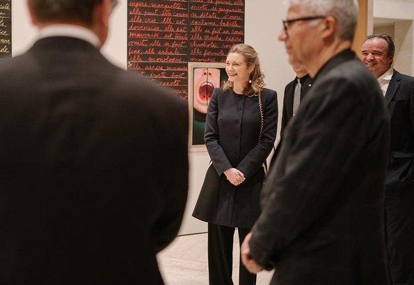 Hereditary Grand Duchess Stephanie visited opening of exhibition of artist Joao Penalva at Grand Duke Jean Museum of Modern Art. Stéphanie wore black coat