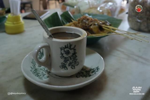 Pasar Tanah Kongis Padang