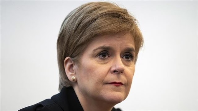 Nicola Sturgeon defies London over coronavirus lockdown relaxation