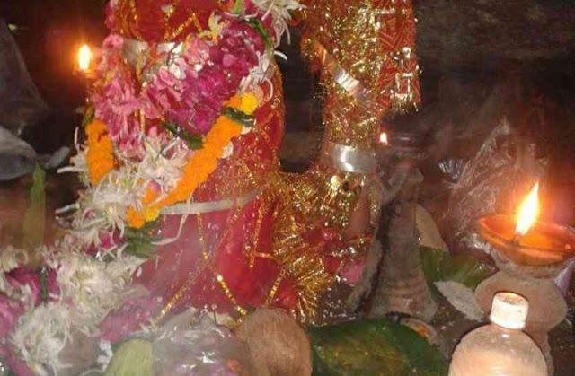 इस मंदिर में भगवान शिव की स्त्री रूप में होती है पूजा - newsonfloor.com