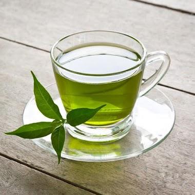 Bí quyết làm đẹp từ trà xanh giúp chị em trẻ lại tuổi đôi mươi