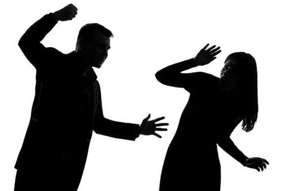 crime: युवती से धर्म परिवर्तन कराकर शादी की, जबरन घर में रखा, वीडियो वायरल कर बताई पीड़ा
