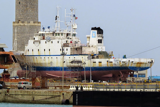 Research vessel Urania, IMO 9013220, port of Livorno