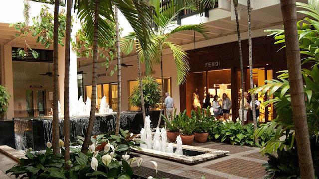 Compras no shopping Bal Harbour Shops em Miami