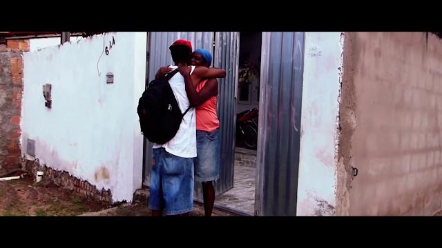"""Levando o publico refletir sobres as vivencias cotidianas nas periferias, Uh! Neto lança o clipe """"Bem Vindxs a Realidade"""""""