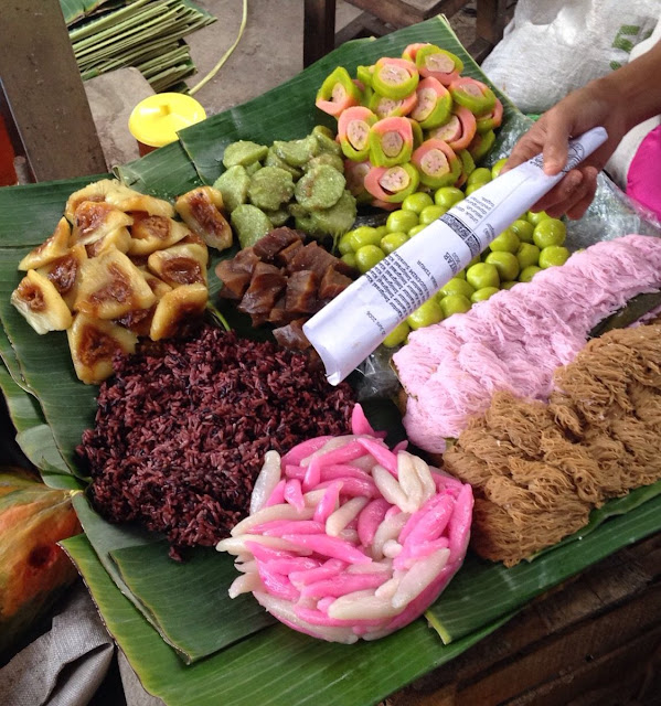 jajan pasar - traditional indonesian food culture