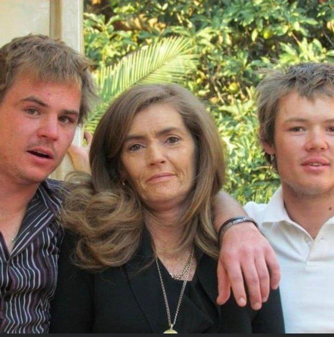 NewsdzeZimbabwe: MOTHER AND SON KILL BROTHER, BURY BODY IN GARDEN